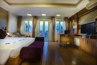 ラ ストリア ルビー ホテル