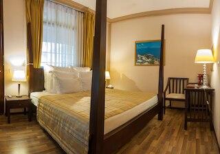 サラ ブティック ホテル