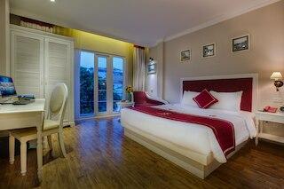 カリプソ プレミア ホテル